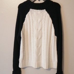 Juniors  Size Medium Sweater